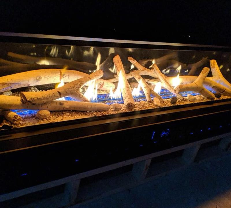 gas-fireplace-and-logs