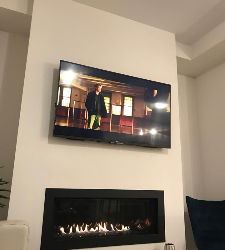gas-fireplace-and-tv-on-column